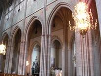 De höga valven i domkyrkan
